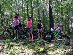girls mt biking